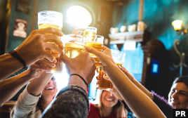 6月限定! 陶板ダイニング18で21時以降アルコールが50%オフのレイトハッピーアワーが開催中!