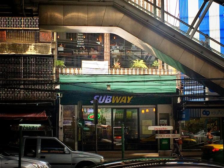 5 cafes bts thonglor