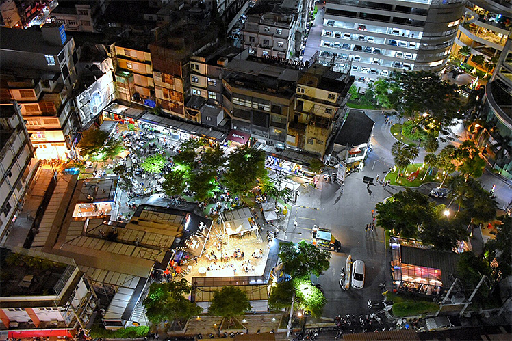 w-market phrakanong