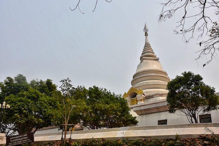 Phra That Phangao Chiang saen
