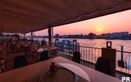 意外に穴場! チャオプラヤー川沿いのタイ料理レストラン「サボイ」で気取らないサンセットディナーを。