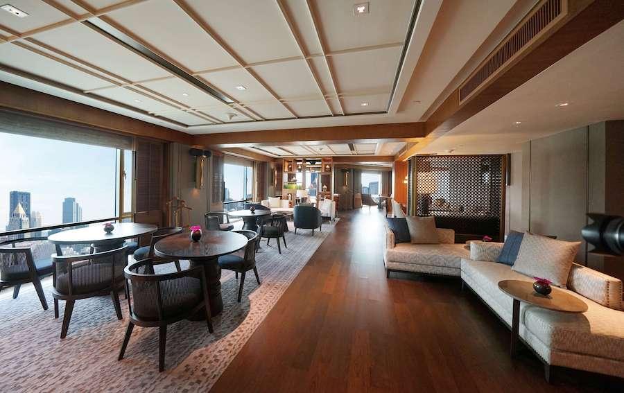 Executive Lounge_Day_Resized-min